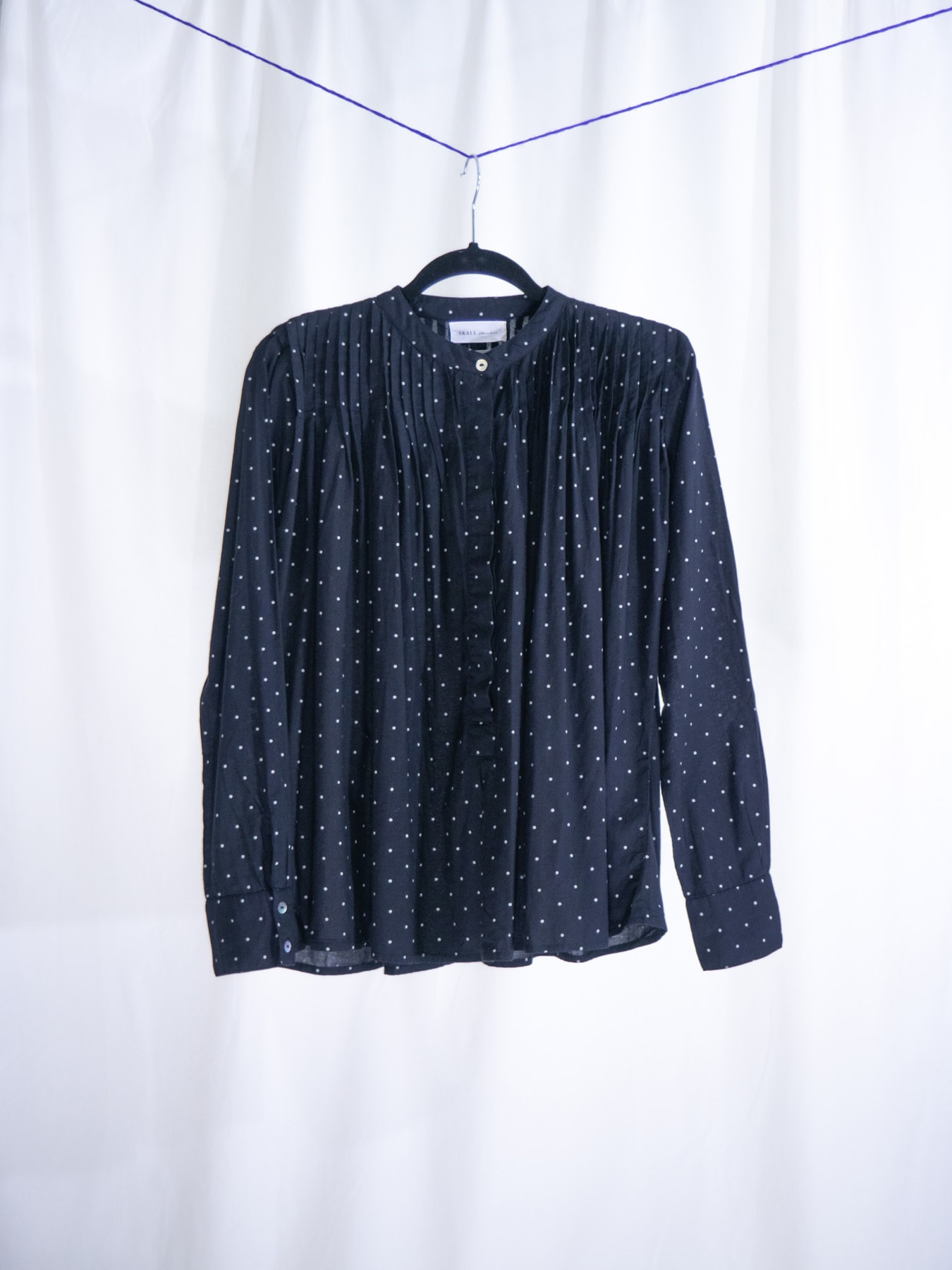Dot shirt