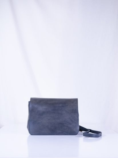 Lucy classic navy