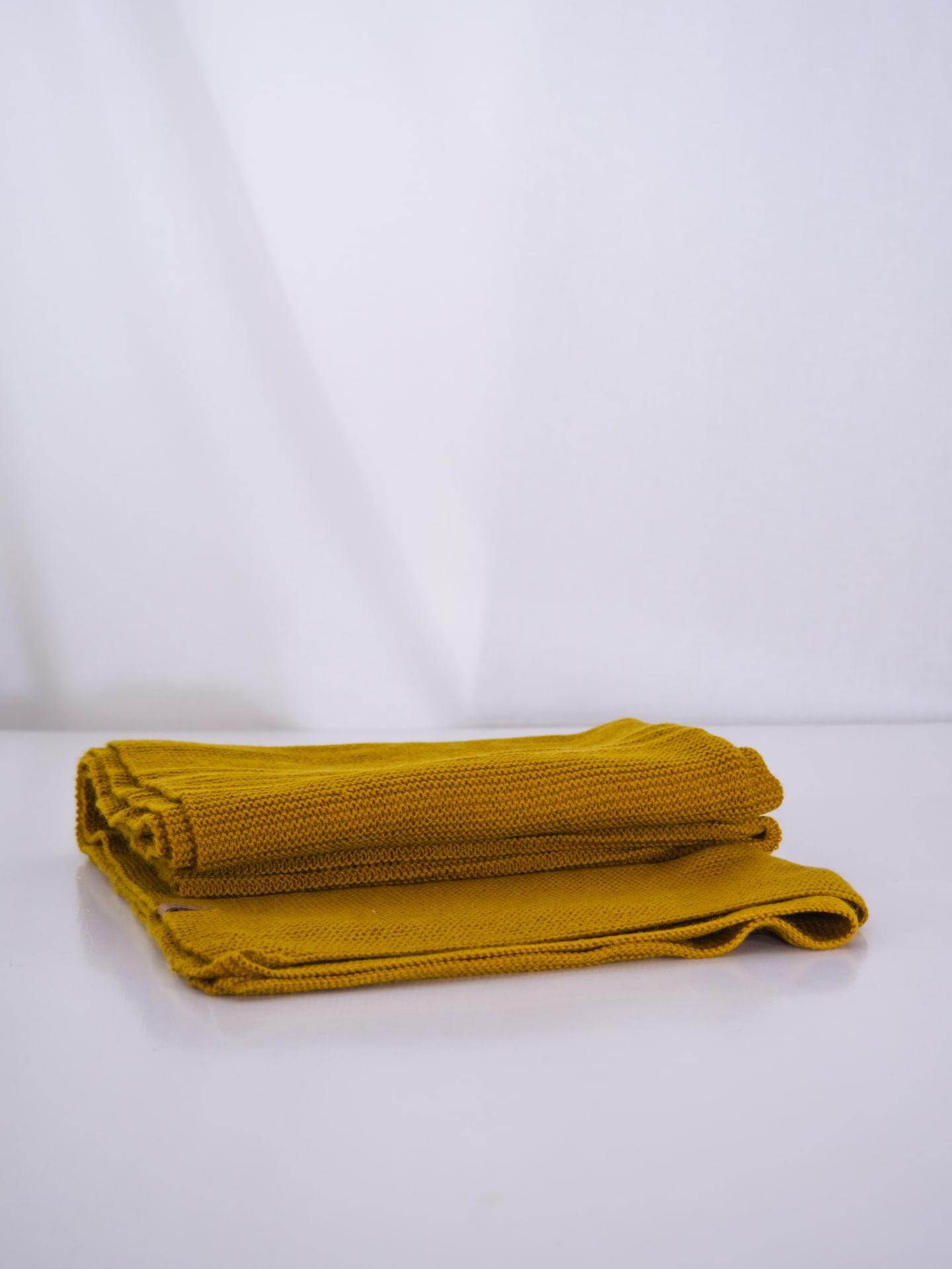 Merino scarf - mustard yellow