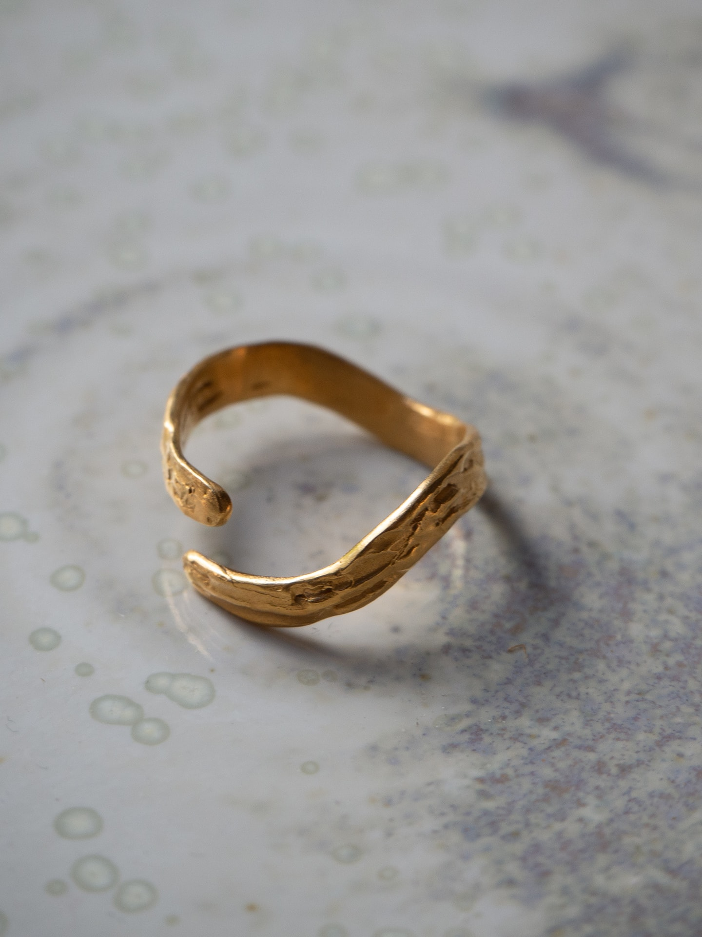 Oh my darling wavy gold ring
