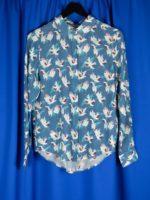 Split shirt shadow crane