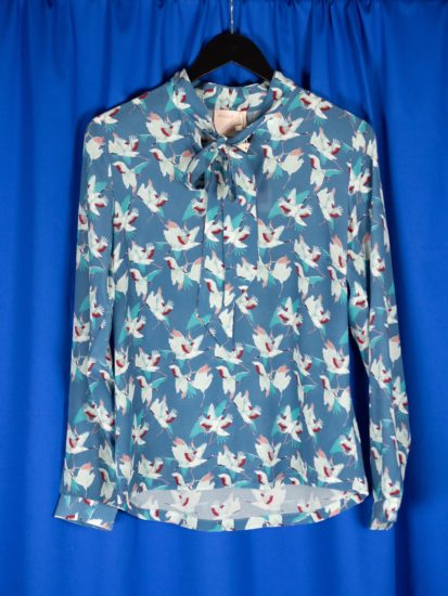 Berta blouse shadow crane
