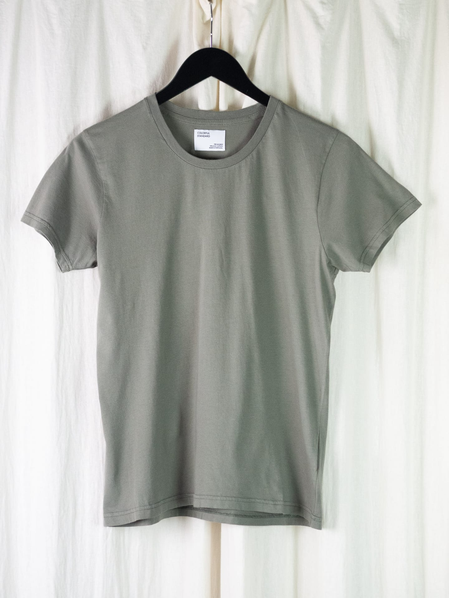 Women light organic tee – dusty olive