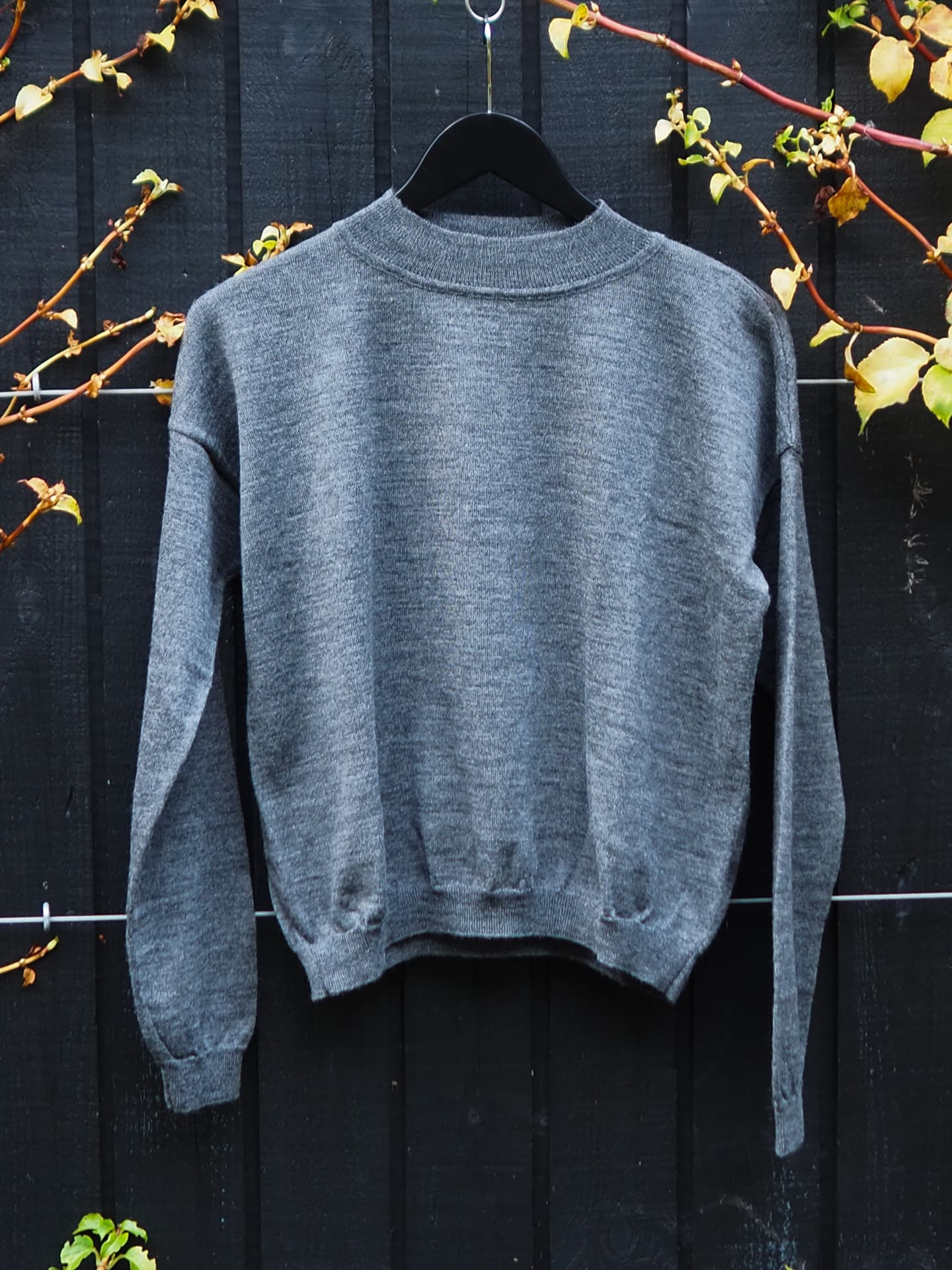 Mock neck knitted arvo sweater slate