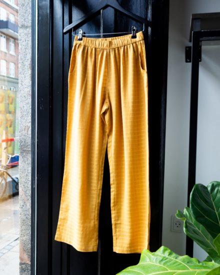 Pants golden checks