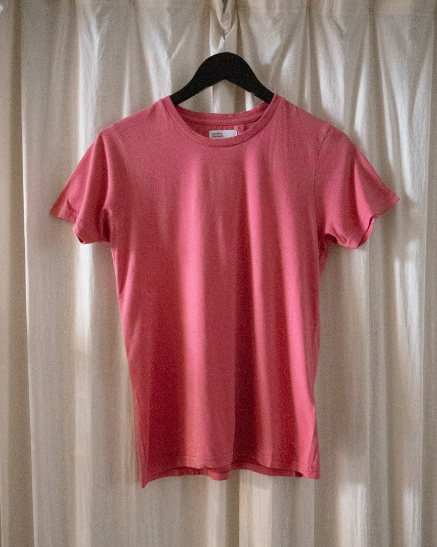 Women light organic tee – raspberry pink