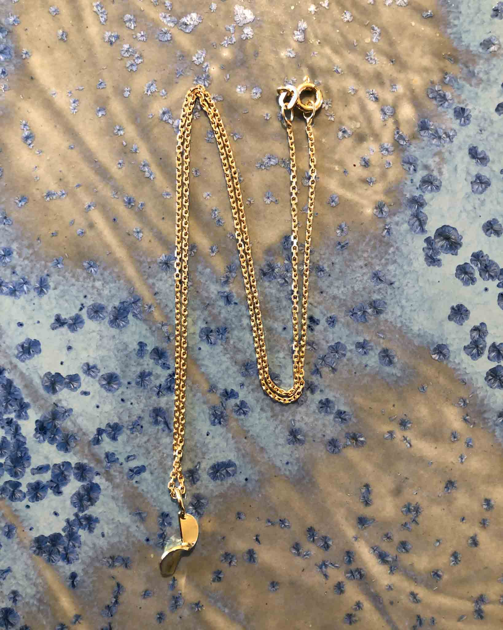Small fold necklace gold plated