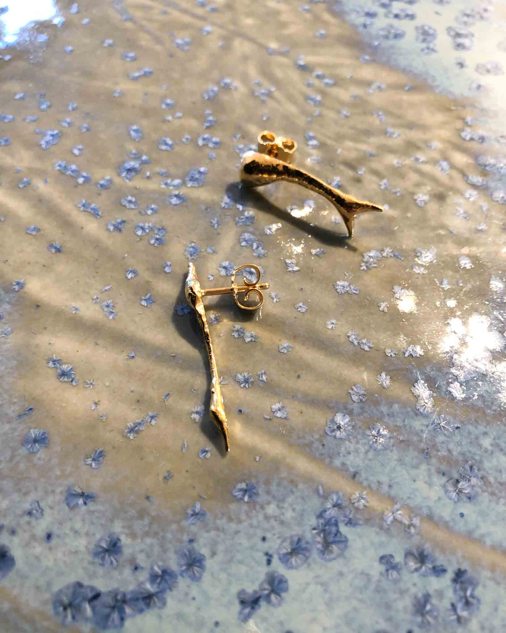Melted II earrings gold plated