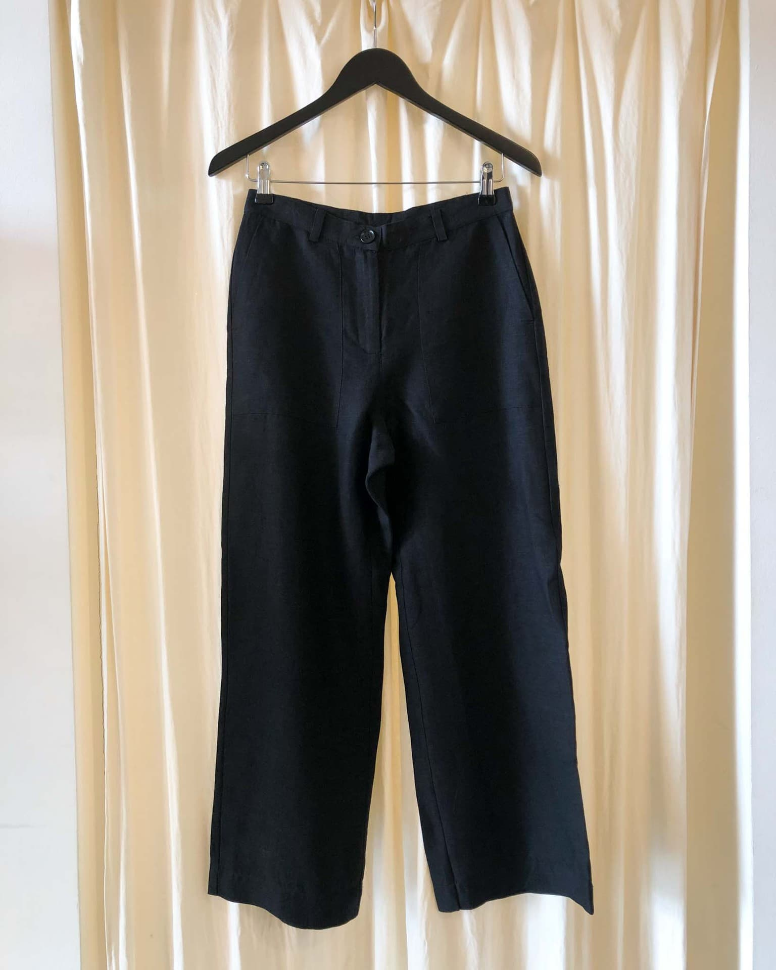 Lissy cropped linen trousers