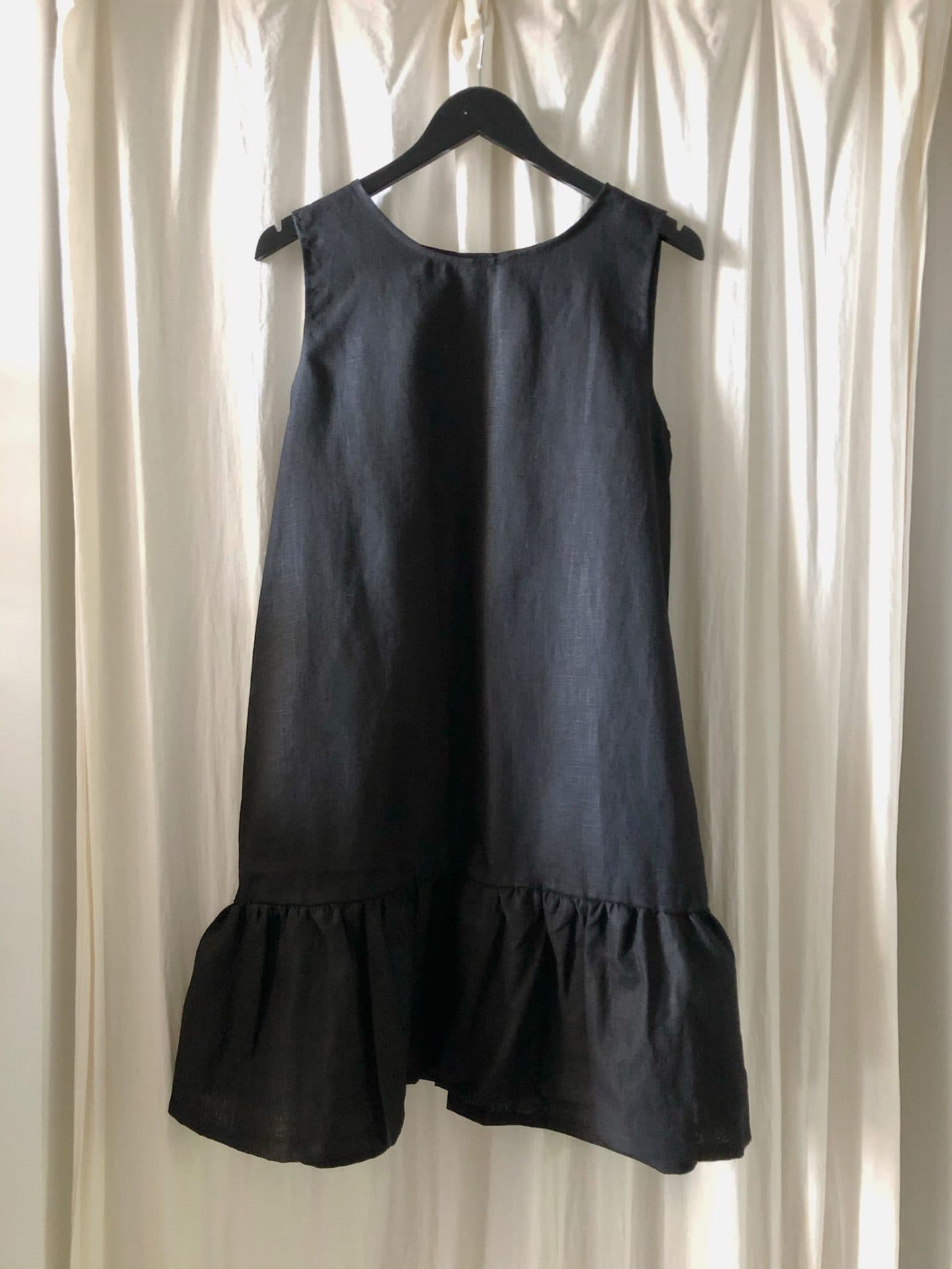 Mandy dress black