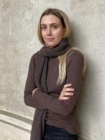 Maude Ribstrik, brown