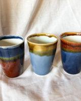 keramik krus – brun og blå